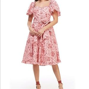 Marianna Floral Print Sweetheart neck midi dress